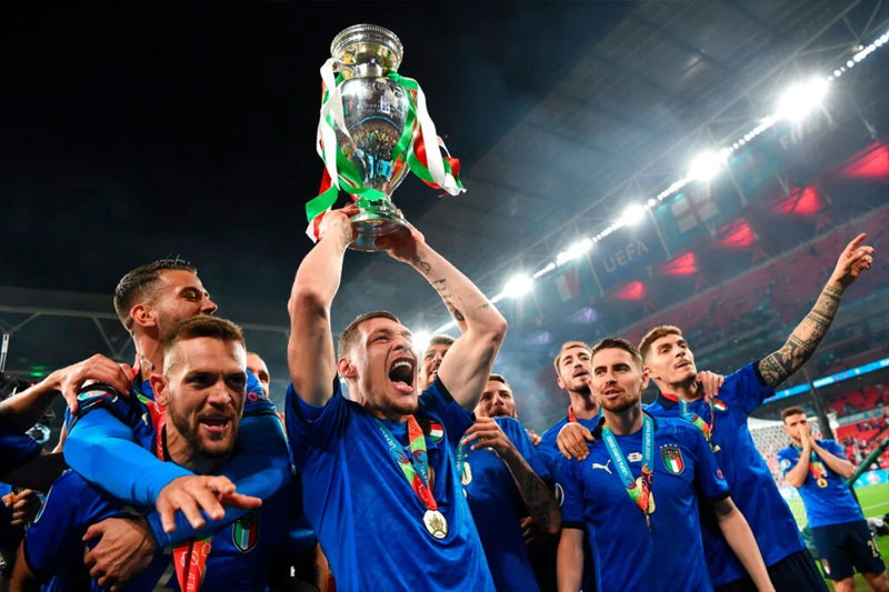Italy becomes Euro 2020 champion after beating England 3-2